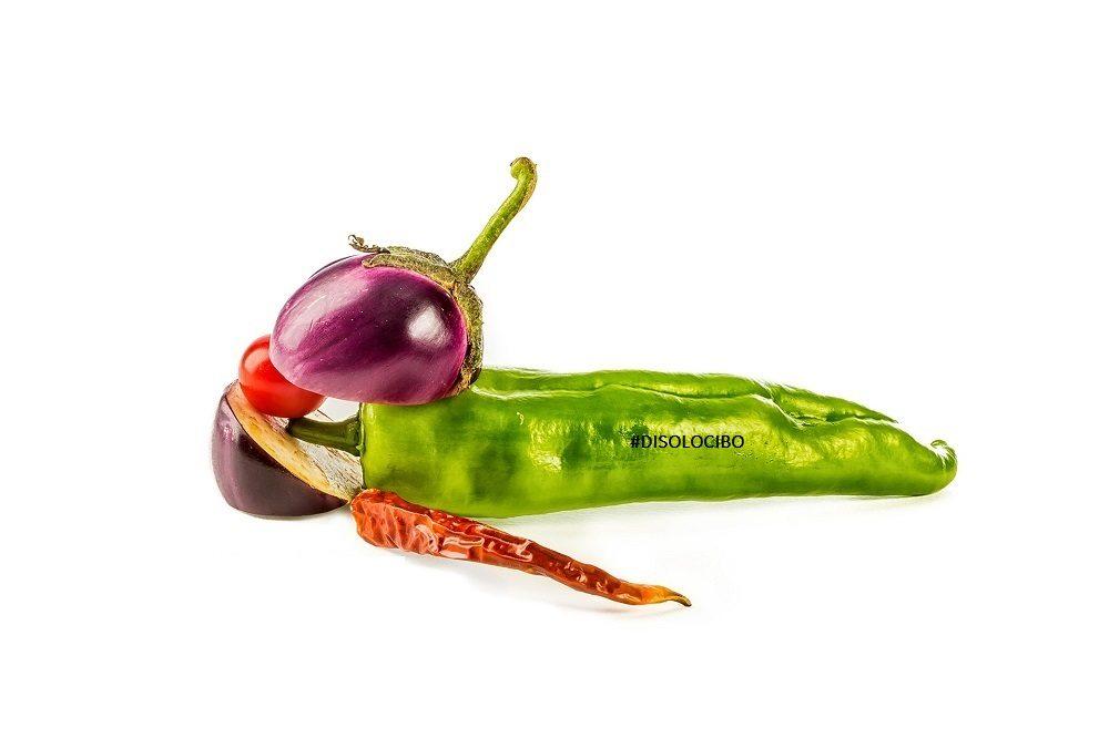 DISOLOCIBO peperoni verdi peperoncino peperoni rossi